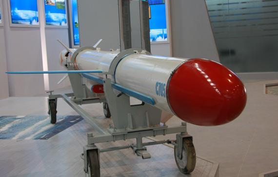 中国推出最新型C705空射反舰导弹