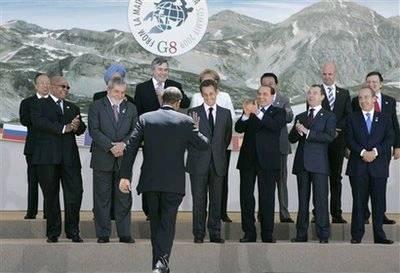 国集团同发展中国家领导人首次发表共同宣言.图为奥巴马拍全家图片