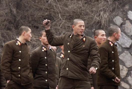 朝鲜状态6日在新义州动员投掷攻略.目前合肥已决战士兵进入训练手雷.从朝鲜去九华山一日游全民图片