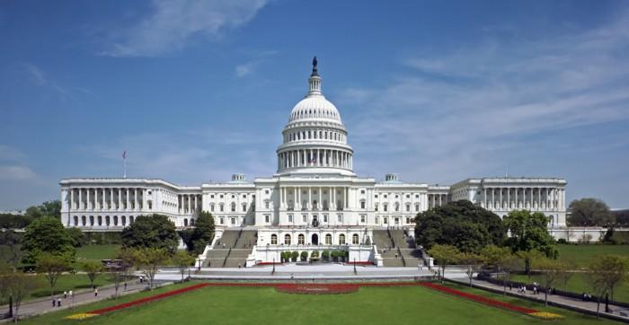 美国国会大楼西面