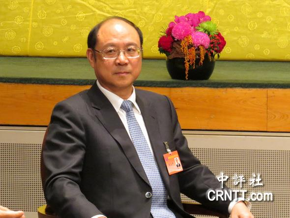 陈德铭指出,两岸希望将来投资时能加以合作组成战略合作伙伴,甚至