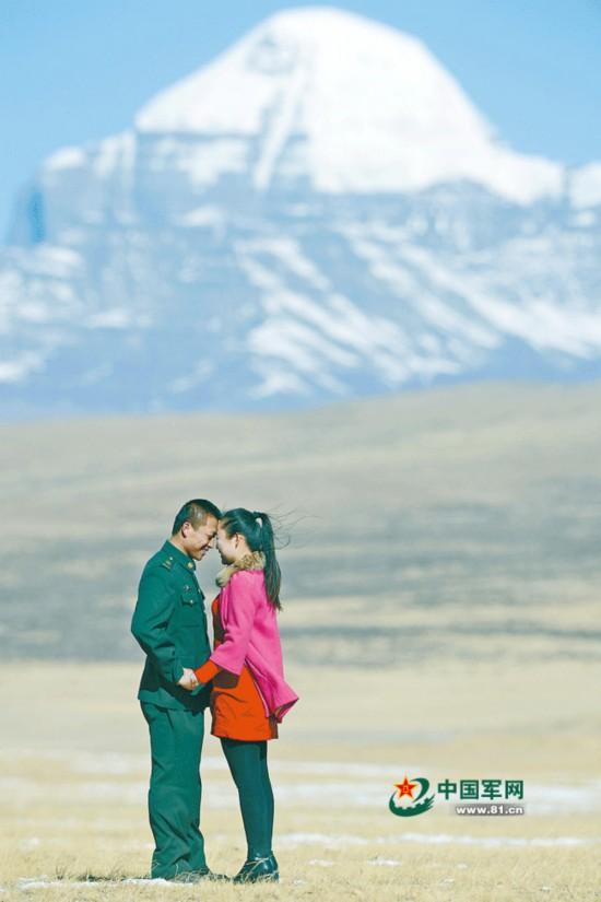 军人的婚礼:有一种深情和浪漫无关 - 军心飞扬 - 军心飞扬
