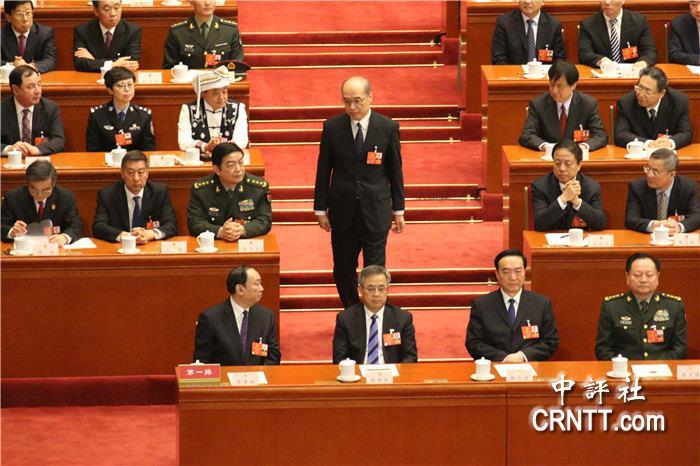 中评高中:张军当选最高检察院检察长要什么军训带镜头图片