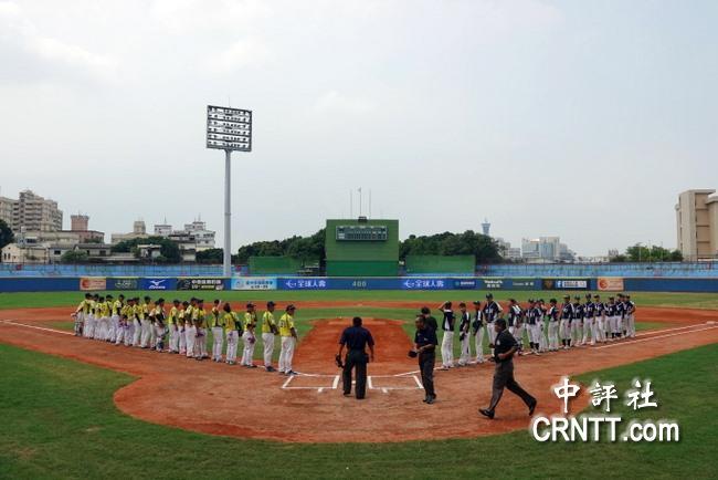 黄文杰)前台湾职棒兄弟象队总教练,现任大陆北京北方工业大学棒球队总图片