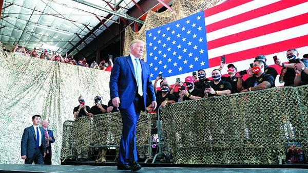 """""""共和党人正排着队准备对中国开火"""""""