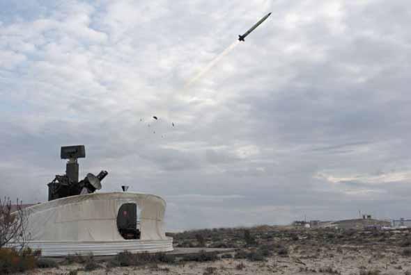 """在法国的导弹试验和发射中心(celm),一枚泰利斯公司研制的""""响尾蛇""""mk3"""