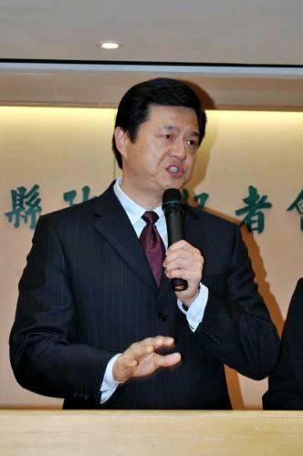 中国评论新闻 联合报 周锡玮为何难获 公平评价