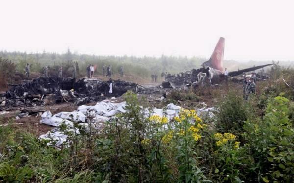 中國民航2012天安全紀錄終結   廣州日報報道,2012天的安全紀錄被打破了。民航局通報稱,8月24日,河南航空有限公司B3130號(EMB190型)飛機執行VD8387哈爾濱伊春航班任務,於2051在哈爾濱機場起飛,2136在距伊春機場跑道1.5公里處失事。   據了解,失事客機是一架EMB190支線客機,飛機由巴西生產,2008年9月第一架交付中國,飛機核定載員108人。   按照原定航班計劃,該飛機應於20時45分從哈爾濱太平機場起飛。民航系統的記錄顯示,該飛機的實際起飛時間為20時51分