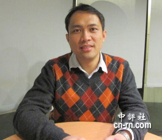 中国评论新闻 女婿龙男掌镜 苏贞昌纪录片将进电影院图片