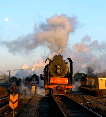 记录消逝中的风景——蒸汽机车(组图)