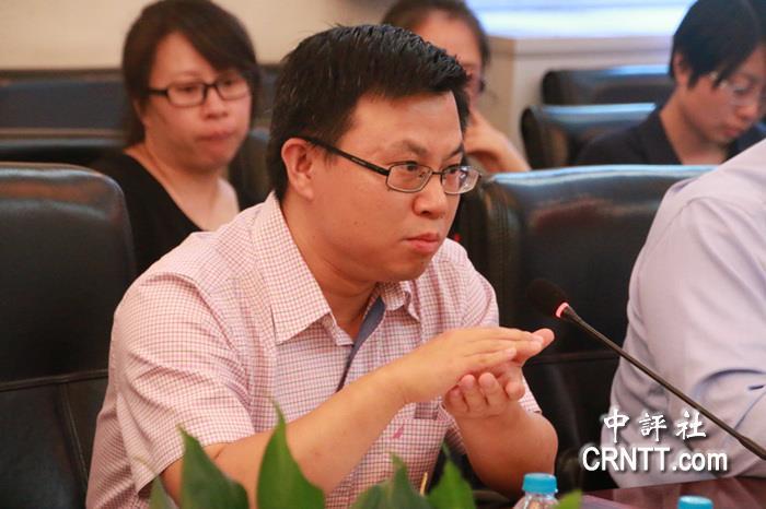 北京大学国际关系学院副教授王栋(中评社 实习记者束沐摄)
