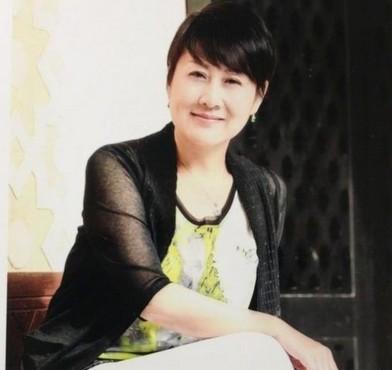 张凯丽谈富豪老公:结婚时他还没我有钱