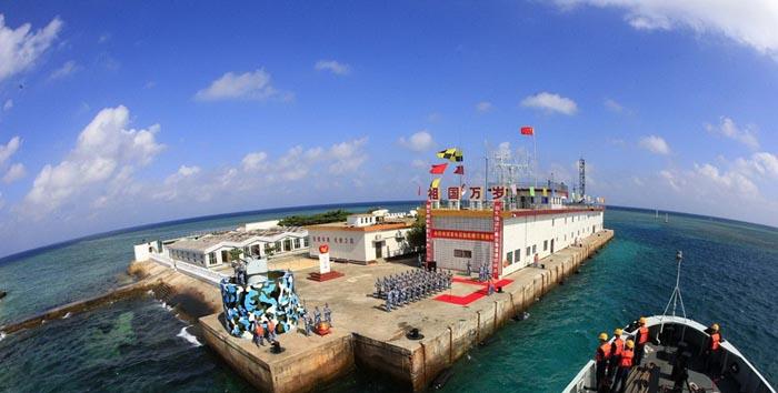中国海军已建立南海常态化战备巡逻机制,南沙岛礁定期接受物资补给.