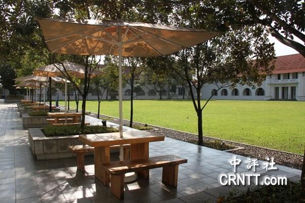 中评镜头 百年新加坡国立大学风景美如画