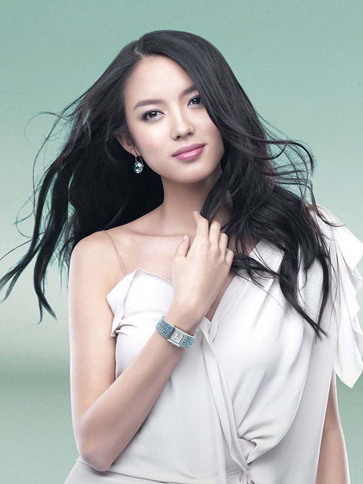 世姐张梓琳人物美照据说没人愿和她合影性感皮肤的神纪性感最枪图片