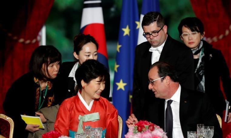 朴槿惠穿韓服出席法國國宴 端莊大方 - 亮麗 - 亮麗的博客