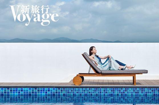 陳喬恩新封面大片 淺笑安然享受慢節奏旅行