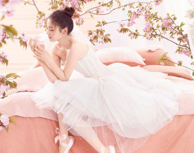 林允少女初長成 優雅變身芭蕾舞娘