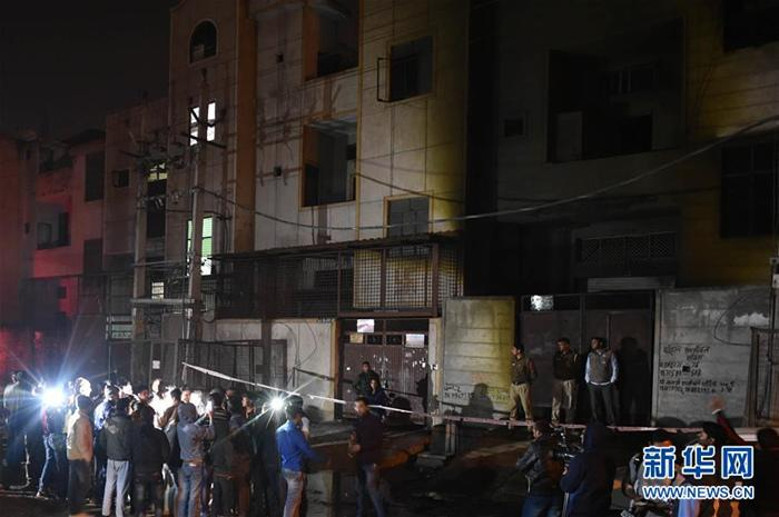 金沙线上娱乐官网:印度首都一��花�S突�l大火造成17人�噬�