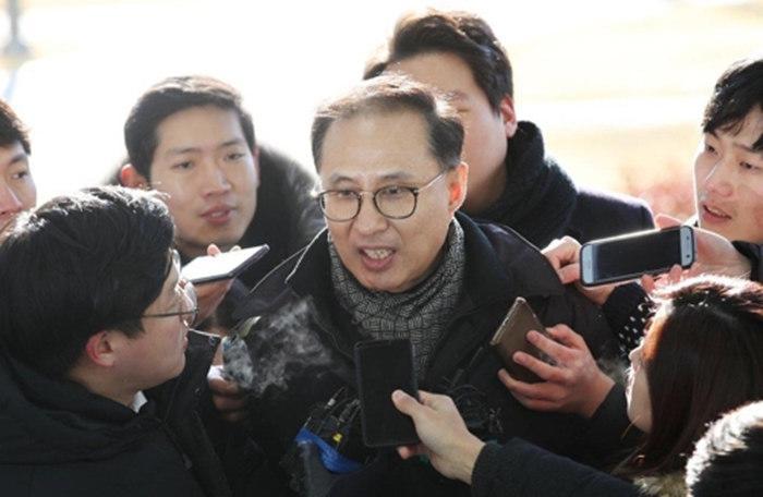 北京赛车官方投注平台:�n前��y李明博的侄子被查