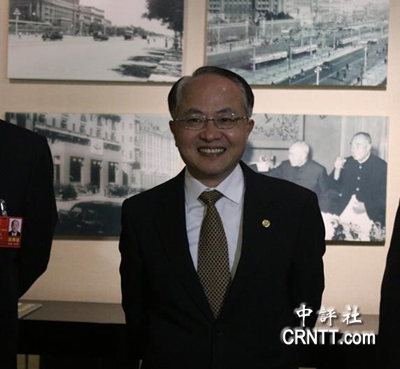 澳门旅游金沙在线官网:中�u�R�^:王志民笑容�M面�港媒敬�I