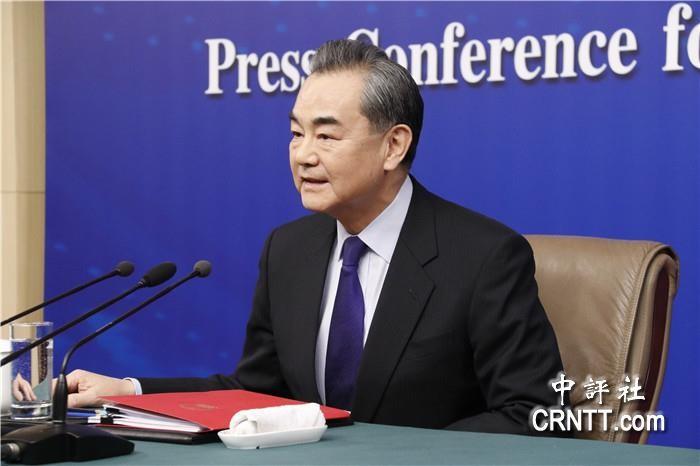 金沙会线上娱乐:王毅�元首外交:�o可替代的�鹇�r值