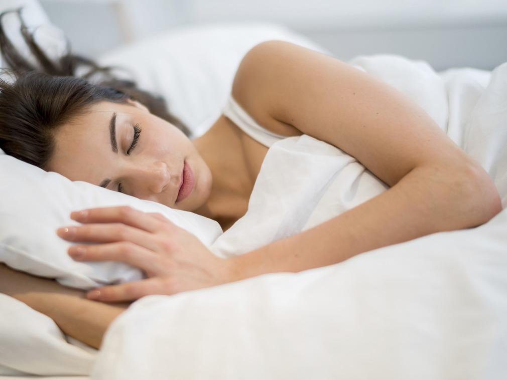 美国急速赛车彩票:改善睡眠�|量 ���小方法
